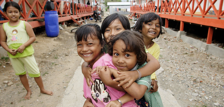 Kinder in Indonesien, einem Land in Asien