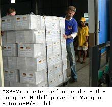Verladung von Hilfsgütern